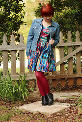 Jamie Rose - Boohoo Abstract Print Dress, So... Jean Jacket, Kmart Pink Tights, Boohoo Ankle Boots - Colorful Abstract Print & Denim