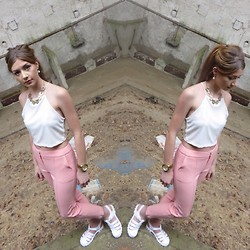 Sophie Pulford - Asos Shoes, Topshop Trousers, H&M Top, Matalan Necklace, Michael Kors Watch - Pastel life