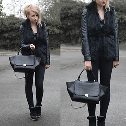 Sammi Jackson - Miss Selfridge Biker Jacket, Persun Faux Fur Vest, Topshop Joni Jeans, Oasap Trapeze Bag, Choies Wedged Sneakers - BLACK EVERYTHING