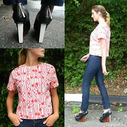Respoked - Jane Holly Vintage Graphic Top, Finsk Wooden Wedges, Rich & Skinny Jean - Woody walkin'