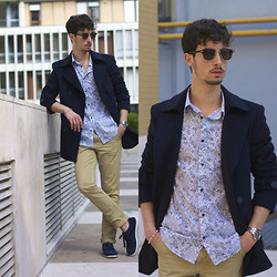 Alberto Mason - Tailor4less Coat, H&M Shirt, Zara Chinos, Zara Shoes, Zerouv Sunglasses - Paisley