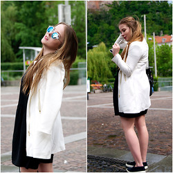 Theresa H. - Stradivarius Summer Coat, Des Petits Hauts Loose Fitted Dress - OPPOSITES ATTRACT