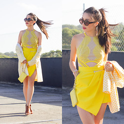 Connie Cao - Three Floor Playsuit - Sunflower fields
