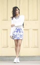 Julia Monson - Blake & Co Printed Skirt, H&M Knit Sweater, Converse Chuck Taylor Classics - My Moon My Man