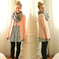 Annie Laurelle - Pink Cardigan, H&M Denim Button Skirt, Pieces Floral Scarf - I HAVE A NEW BLOG!