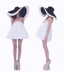 Emily S - Fete Bubble Dress, Fete Bubble Dress, Big Funny Hat, Kermit Tesoro Nude Heels - // this is all a dream //