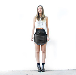 Lionlionbazaar .2 - Bayla Cracked Crop, Bayla Vegan Leather Skirt, Topshop Boots - It all started with a little Balenciaga