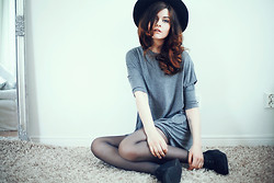 Sabina Olson - Sheinside T Shirt Dress, Second Hand Hat - Over my dead body #137