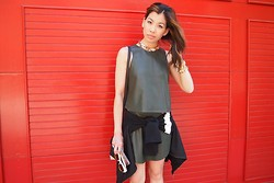 Cherrie - Zara Green Top, Hello Parry Necklace - Leather on leather