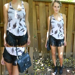 Respoked - Rock & Republic Top, Coach Vintage Bag, Reserved Vintage Leather Fringe/Tassel Shorts, Miss Sixty Booties - Feathers & tassels