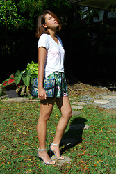 Desiree Atienza - Hollister White V Neck Tee, Forever 21 Floral Shorts, Zara Floral Envelope Purse, Anne Michelle Ankle Strap Silver Heels - In casual comfort