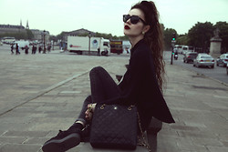 Violet Ell - Underground Creepers, Chanel Bag, Ray Ban Sunglasses - 24.04.2014