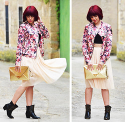 Madame Magenta - Bershka Perfecto, Fosco Booties, Atmosfere Studded Belt - A TULLE SKIRT AND A A FLOWERED PERFECTO