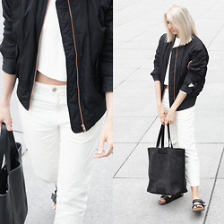 Joyce Croonen - Filippa K Bomber Jacket, Tao Of Sophia Top, Acne Studios Jeans, Stories Bag, Birkenstock Sandals - Minimal bomber love