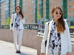 Evgeniia Bukhadeeva - Mango Suit, Sergio Rossi Loafers - Suit up