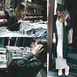 FEEblog - Samsoe & Dress, Samsoe & Coat, Selected Femme Necklace, Ace & Tate Sunglasses, Nike Sneakers - The Record Shop