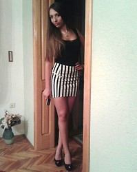 Anamari R. - H&M Skirt, H&M Top, Guess? Necklace, Zara Heels - Stripes are ok with me!