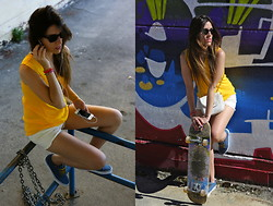 Natalia Champs - Zara Orange Yellow T Shirt, Vans Blue, Foster The People Best Friend, Ray Ban Wayfarer, Skateboard - Made For Riding