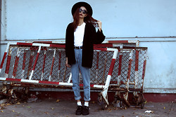 Vu Thien - Motel Kimono Jacket, Thrift Store Tee, Blackfive High Jeans, T.U.K Creepers - I REMEMBER NOTHING