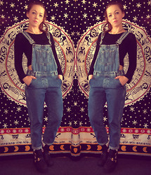 Jade McCarthy - Topshop Dungarees, Ark Black Boots, Etsy Tapestry - Dungaree's