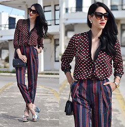 Konstantina Tzagaraki - Pants, Chanel Bag, Sunglasses, Sandals - PLEASE SEE DESCRIPTION!!!!!!!!