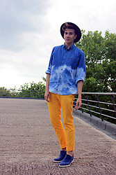 Polyhrones Tatsis - D.I.Y. Shirt Made With Acid, Pants, Gift Shoes, Zara Hat - Pumpkins & Witchcraft