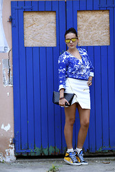 De Pointe en Blanc By Ilaria Bianchi - Ivyrevel Shirt, Ivyrevel Skirt, Golden Goose Sneakers, Marni Clutch, Palens Sunglasses - Ivyrevel total look