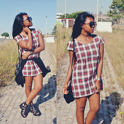 Muny B - In Love With Fashion Tartan Dress, Bershka Shoes, Oasap Sunglasses - Spring Tartan