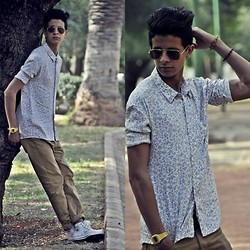 Yassine Tkd - Casio, Ray Ban, Zara, Levi's® Levi, Convers - Take a year off and tell people you are younger