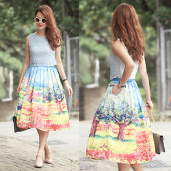 Mayo Wo - Romwe Round Sunnies, Chic Wish Oil Painting Skirt - Utoipia