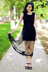 Kary Read♥ - Oasap Dress - Black Flower♥
