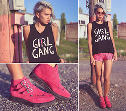 Alanna Durkovich - Pylo Girl Gang Tee, T.U.K. Shoes Hot Pink Suede Creeper Boots - GIRL GANG