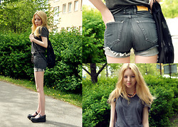 Shelley Mulshine - Acne Studios Shorts, Lolita Shoes, Mtwtfss Bag, H&M T Shirt, Lindex Necklace - ACNE JEANS