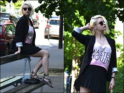 Joanna P. - Camaieu Blazer, Asos Pink Top, Zara Skirt, Zara Bicolore Shoes, Rockmafia Leather Bag, L'usine à Lunettes Sunglasses - Wasted Youth