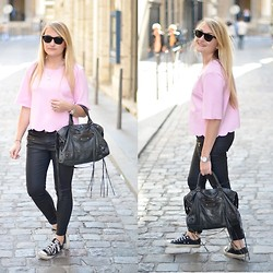 Paris Grenoble - Frontrowshop Top, Zara Skinny, Balenciaga Bag, Converse Sneakers - Bubble Gum