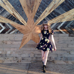 Megan Gilroy - Urban Outfitters Floral Dress, Justin's Combat Boots - Twirling around Phoenix.
