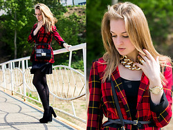 Anastasia Roshchenya - River Island Blazer, Black Secret Shoes, Asos Chain - Tartan