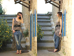 Lily Chelmey - In Love With Fashion Dress, Mango Belt, H&M Jean, Mango Shoes - Sea, Sun and Snake