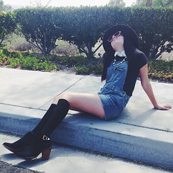Samantha Banuelos - Target Overalls, Wildfox Couture Graphic Tee, Forever 21 Ankle Boots - Work that Sidewalk!