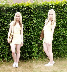 Beckie Rackham - Missguided Dogtooth Co Ord, Converse White, Clothes Show Live Satchel, Topshop Necklace - Little Miss Sunshine