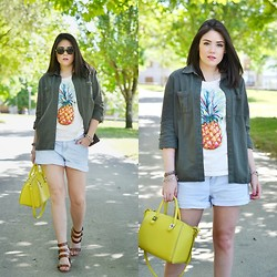 Alexandra Amaro Cortizo - New Look Pants, Zara Bag - Pineapple t shirt