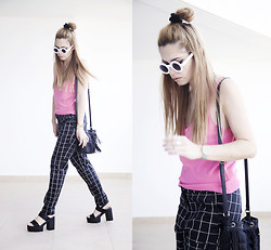 Inês M - Vintage Top, H&M Trousers, Wholesale7 Sandals, Zerouv Sunglasses - High on Pink