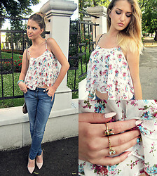 Nadine Salković - Choies Rabbit Rhinestone Ring, Choies Floral Crop Top - Flowers, rabbit and ribbon.