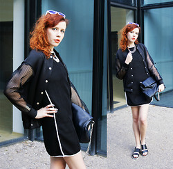 Jesuswannatouchme . - Blackfive Mesh Dress, Frontrowshop Bomber Jacket With Mesh Sleeves, H&M Genuine Leather Sandals, Parfois Leather Bag, Asos Jewelry - MESH // jesuswannatouchme.