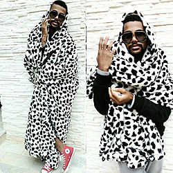 Felippe Ferreira - Chilli Beans Carlinhos Brown Collection - Killing all 101 Dalmatians by C.O.L.D  #ironic