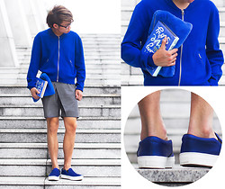 Judas Lee - Acne Studios Olympia Jacket In Klein Blue, Kate Spade Book Clutch, Stylenanda Faux Fur Clutch, Céline Celine Satin Slip On Sneakers In Blue - IKB 79 (details on the blog)