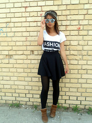 Ivana Sekuloska - Jaqueline De Young T Shirt, Pull & Bear Skater Skirt, Pull & Bear Wedge Sneakers, Zara Sunglasses, Brandy&Melville Headbeand, Brandy&Melville Arrow Ring - Black and white