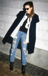 Ciara Broadbery -  - THE BOYFRIEND JEANS LOOK