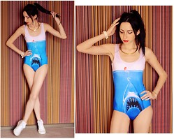 Kary Read♥ - Oasap Swimsuit - Shark!)