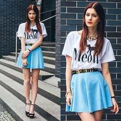 Katarzyna Konderak - Skirt, T Shirt, Hair Extensions - Baby blue skirt.